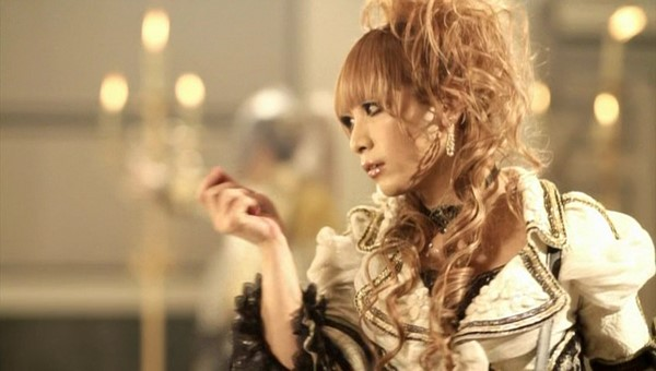 [2011.06.15] Versailles - MASQUERADE (HIZAKI ver.) (DVD) [480p]   - eimusics.com.mkv_snapshot_01.17_[2015.09.29_18.22.45]