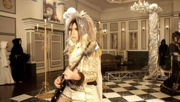 [2011.06.15] Versailles - MASQUERADE (TERU ver.) (DVD) [480p]   - eimusics.com.mkv_snapshot_02.06_[2015.09.29_18.24.01]