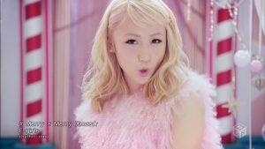 E-girls – Merry × Merry Xmas★ (M-ON!) [720p] [PV]