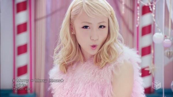 [2015.12.23] E-girls - Merry × Merry Xmas (M-ON!) [720p]   - eimusics.com.mp4_snapshot_01.42_[2016.01.06_12.55.59]